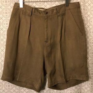 Tommy Bahama 100% silk pleated Shorts sz 33